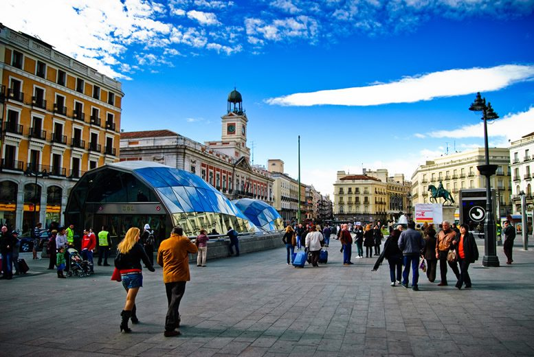 Tragabolas_en_la_Puerta_del_Sol