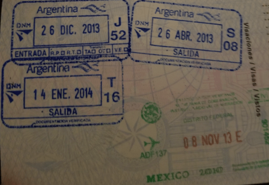 viajar con dos pasaportes