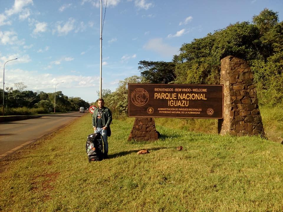 Parque nacional Iguazu haciendo dedo