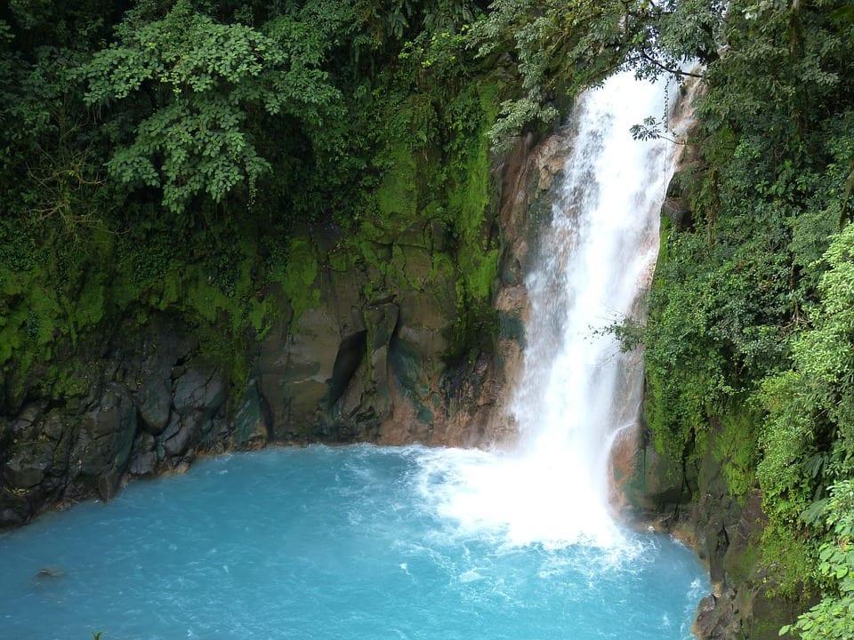 COSTA RICA LO TIENE TODO