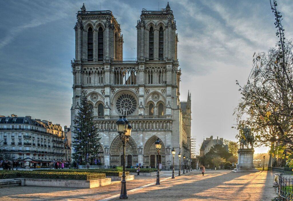visitar la Catedral de Notre Dame
